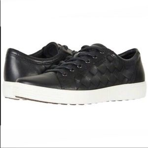 Ecco Soft Woven Black Leather Tie Sneakers